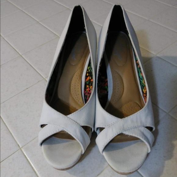 a275b17e2886 Payless shoes dexflex comfort wedges poshmark jpg 580x580 Dexflex comfort  ice skates